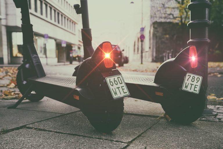 E-Tretroller und E-Scooter