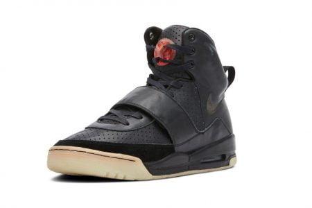 Sneakers von Kanye West